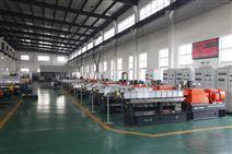 南京聚力塑机装配车间
