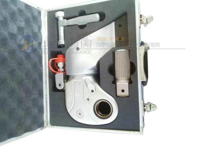 液压扭力扳手图片